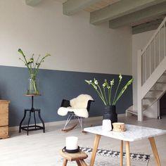 band of blue Home Living Room, Interior Design Living Room, Living Room Decor, Living Spaces, Half Painted Walls, Half Walls, Small Room Bedroom, New Room, Home Fashion