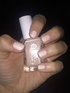 essie Ballet Nudes Gel Couture in Satin Slipper is the perfect nail color for a wedding. Essie Gel Polish, Nail Polishes, Gel Nails At Home, Dry Nails, Butter London Patent Shine, Gel Manicures, Shiny Nails, Nails Inc, Gel Manicure
