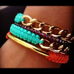 awesome DIY Bijoux - bracelets - no tute just the idea & a very nice look.  #Beading #Jewelry #Tutori...