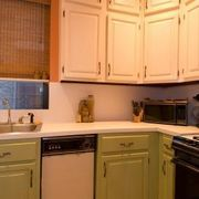 Styles & Colors for Wood Kitchen Cabinets | eHow