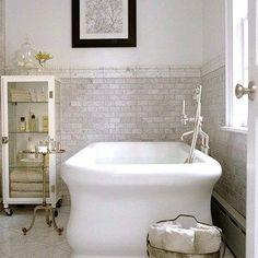 Waterworks empire tub