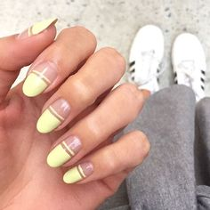 Elevate your manicure with new nail shapes. How do you know which nail shapes are best? From round to oval to squoval, here are the most flattering nail shapes. Nail Shapes Squoval, Acrylic Nail Shapes, Nails Shape, Acrylic Nails, Minimalist Nails, Edge Nails, My Nails, Nail Shapes Square, Flare Nails