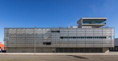 Central  de  Generación  de  Energías  Barcelona Sur  / Forgas Arquitectes