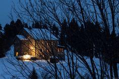 Schneeschuhtour in den Waadtländer Alpen #Maisonmontagne #Bretaye #snowshoeing #winter #Villars #crazymoose www.villars.ch