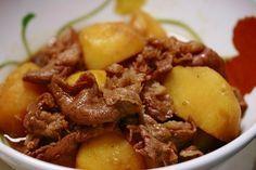 Sauté de veau et pomme de terre au thermomix. Voici une recette de Sauté de veau et pomme de terre, facile et rapide a réaliser avec votre thermomix.
