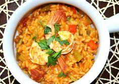 Spanish rice and prawn one-pot