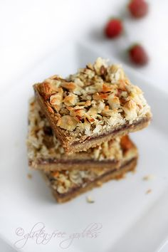 Fabulous gluten-free raspberry coconut-almond bars and theyre vegan. Fabulous gluten-free raspberry coconut-almond bars and theyre vegan. Gluten Free Sweets, Gluten Free Cookies, Gluten Free Baking, Dairy Free Recipes, Paleo Dessert, Vegan Desserts, Dessert Bars, Dessert Recipes, Almond Bars