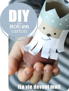 DIY: Kings and crowns of cardboard! you could make so many puppets that way! Toilet Roll Craft, Toilet Paper Roll Crafts, Cardboard Crafts, Rolled Paper Art, K Crafts, Little Acorns, Diy Holiday Gifts, Crafts For Kids To Make, Epiphany
