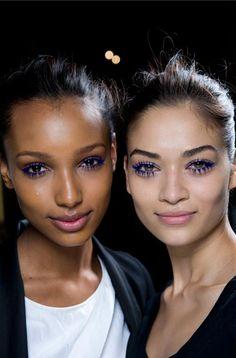 blue mascara looks great on every skin type