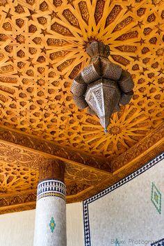 Moroccan Lamp & Ceiling Wood Decoration by Beum เบิ้ม Portƒolio, via Flickr