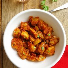 Tawa Aloo Masala- flavorful Indian style potato curry with aromatic spices that's a delicious accompaniment to rice or flat breads.