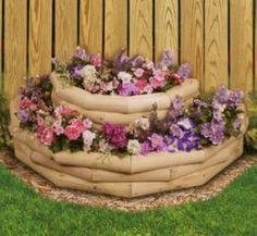 Landscape Timber Crafts, Landscape Timbers, Landscape Design, Large Backyard, Small Backyard Landscaping, Landscaping Tips, Backyard Ideas, Farmhouse Landscaping, Fence Ideas