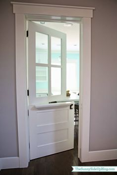 Chic Dutch Door Design Ideas for Your Home Whether you are building or renovating, your home window may be one of its most attractive abilities. The house also provides a two-car garage on the front of the property and a spacious backyard t… Laundry Room Doors, Kitchen Doors, Kitchen Reno, Dutch Door Interior, Interior Doors, Interior Design, Half Doors, Main Door Design, Entrance Design