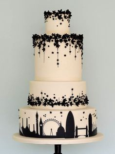 20 Travel Themed Wedding Cakes | SouthBound Bride | http://www.southboundbride.com/travel-theme-wedding-cakes | Credit: Rosalind Miller Cakes via Mod Wedding