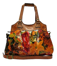 Patricia Nash handbags have been carefully crafted and designed to have an old-world feel, similar to those made in Italy a century ago