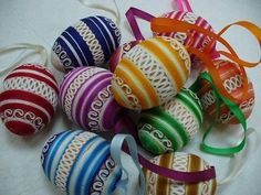 Easter Projects, Easter Crafts, Holiday Crafts, Eastern Eggs, Types Of Eggs, Sewing Projects, Craft Projects, Egg Tree, Easter Egg Designs