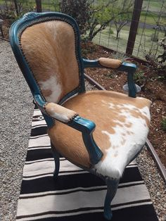 Made to Order Custom Palomino Cowhide and Turquoise Chair Cowhide Decor, Cowhide Furniture, Cowhide Chair, Western Furniture, Funky Furniture, Refurbished Furniture, Upholstered Furniture, Rustic Furniture, Repurposed Furniture