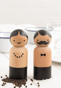 Classic grinders with a fun twist, work perfectly every time. A classy addition to any dinner party and another fun gift from SUCK UK