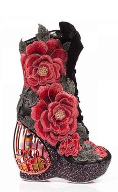 Buy Irregular Choice shoes, boots, handbags and jewellery online. View the biggest and best Irregular Choice collection here. Pretty Shoes, Beautiful Shoes, Crazy Shoes, Me Too Shoes, Quirky Shoes, Funny Shoes, Floral Print Shoes, Baskets, Irregular Choice Shoes