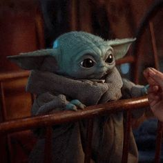 Star Wars - latest Star Wars images and cast on We Heart It Star Wars Meme, Star Wars Baby, Kawaii, Yoda Meme, Yoda Gif, Pixar, Star Wars Images, Animated Gif, Science Fiction