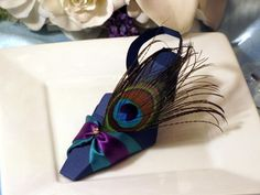 Love this shoe Favor box done with the peacock feather, simple stunning and done with an AccuCut die.  www.accucutcraft.com