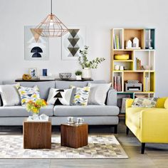 Inspiring Yellow Sofas To Perfect Living Room Color Schemes 6 - DecOMG Grey And Yellow Living Room, Minimalist Living Room, Living Room Diy, Grey Curtains Living Room, Living Room Grey, Modern Grey Living Room, Perfect Living Room Color, Living Decor, Gray Living Room Design