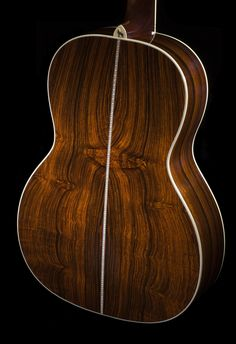 Cocobolo back and sides on a Santa Cruz guitar.. more info www.guitarbench.com