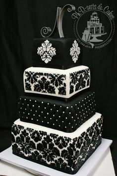 The black & white Damask pattern really pops on this fondant-covered cake.