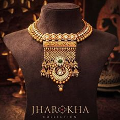 An astounding jharokha piece inspired from the royal Rajput palatial murals. Set up in gold, the diamond and kundan work makes it look absolutely magnificent! Gold Jewelry Simple, Gold Wedding Jewelry, Bridal Jewelry, Gold Jewellery, Temple Jewellery, Antique Jewellery, Simple Necklace, Unique Earrings, Beaded Jewelry