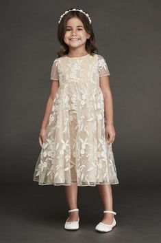 Find the perfect flower girl dresses at David's Bridal. Our flower girl dresses come in a variety of styles & colors including lace, tulle, purple & gold. Flower Girl Gown, Lace Flower Girls, Satin Flower Girl Dresses, Flower Girl Outfits, Vintage Flower Girls, Gowns For Girls, Girls Dresses, Tulle Skirt Dress, Calf Length Dress
