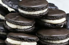 These Oreo Macarons Are Gonna Blow Your Mind