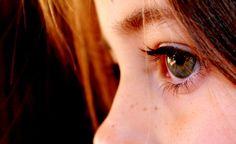 10 naturalnych sposobów na zapalenie spojówek u Twojego dziecka