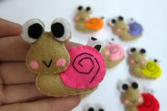 Cute Snail Keychain/Phone Charm/Magnet  Snelly Shelly by araleling, $5.00