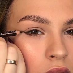 Natural Eye Makeup, Smokey Eye Makeup, Small Eyes Makeup, Natural Eyeliner, Contour Makeup, Eyeshadow Makeup, Makeup Inspiration, Makeup Inspo, Beauty Makeup