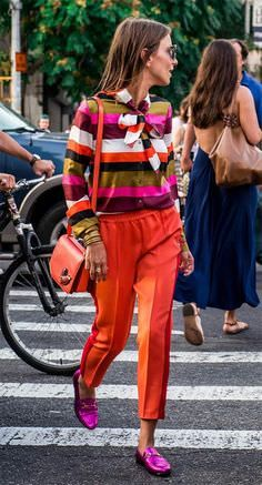 Fashion: uma semana sem jeans Love this crazy colorful outfit for the spring time!Love this crazy colorful outfit for the spring time! Estilo Fashion, Spring Fashion Trends, Fashion Mode, Fashion Over 40, Look Fashion, Ideias Fashion, Womens Fashion, Look Street Style, Street Style Trends