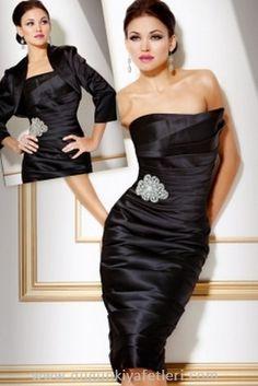 lacivert kısa etekli straplez elbise