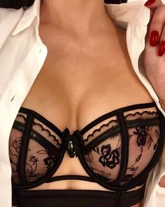 Black pushup lingerie bra with floral lace. Seductive, sexy, alluring.
