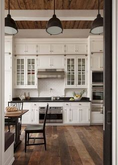19 Best Farmhouse Kitchen Decor Ideas