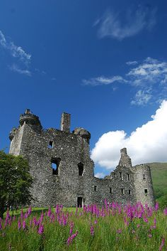 Kilchurn Castle, Scotland. It was built by the Campbells of Glenorchy in the 1400s, guarding one end of Loch Awe.