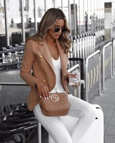 Amazing Winter Fashion Outfits 2018 Ideas 17 - My Style - Bikini Mode Winter Mode Outfits, Summer Work Outfits, Winter Fashion Outfits, Office Outfits, Chic Outfits, Fall Outfits, Autumn Fashion, Fashion Ideas, Fashion Trends