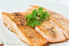 Рыба лосось горячего копчения салат