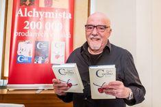 Záhadný spisovateľ Paulo Coelho: Vieme o ňom len to, čo on sám chce Nom Nom, Lens, Fictional Characters, Paulo Coelho, Klance, Fantasy Characters, Lentils