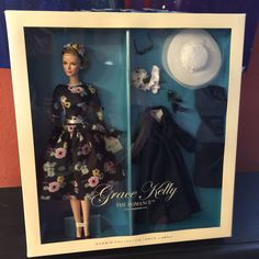 Barbie Grace Kelly The Romance Silkstone Gift Set Gold Label T7944 027084934021…