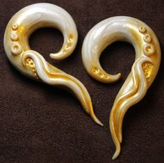 Vintage Ivory Gauged Earrings by PeachTreats on Etsy, $30.99