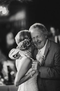 El padrino, el más emocionado de la boda.