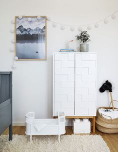 To furnish and decorate a newly built flat and make the show home feel inviting, lived-in and trendy, well that really isn& an easy task. Childrens Room Decor, Baby Room Decor, Kids Decor, Nursery Inspiration, Kid Spaces, Kids House, Home Furniture, Babys, Beautiful