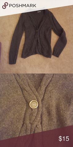 Cardigan sweater Warm sweater with accent button in the middle Sweaters Cardigans