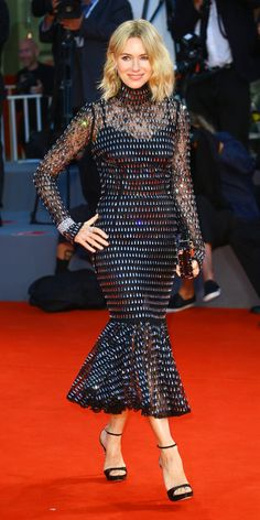 At the Venice Film Festival, Naomi Watts worked a Dolce & Gabbana look with Jimmy Choo heels. Best Celebrity Dresses, Celebrity Red Carpet, Celebrity Look, Celeb Style, Naomi Watts, Jimmy Choo, Blake Lively, Peplum Dress, Dress Up