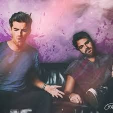 The Chainsmokers – Don't Let Me Down ft. Daya The Chainsmokers have always had a knack of collaboration with quality artists and vocalists and 'Don't Le. Veld Music Festival, Edm Festival, Edm Music, Music Songs, Music Videos, Chainsmokers, Don't Let Me Down, Let It Be, Lyrics Website