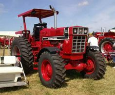 Case Ih Tractors, Big Tractors, Farmall Tractors, Red Tractor, International Tractors, International Harvester, Antique Tractors, Vintage Tractors, Old Farm Equipment